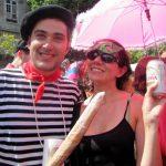Un Brésilien déguisé en… Français au carnaval de Rio