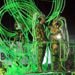 Carnaval de Rio de Janeiro: une nuit au sambodrome