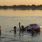 Baignade au port de Concepcion sur fond de reggaeton