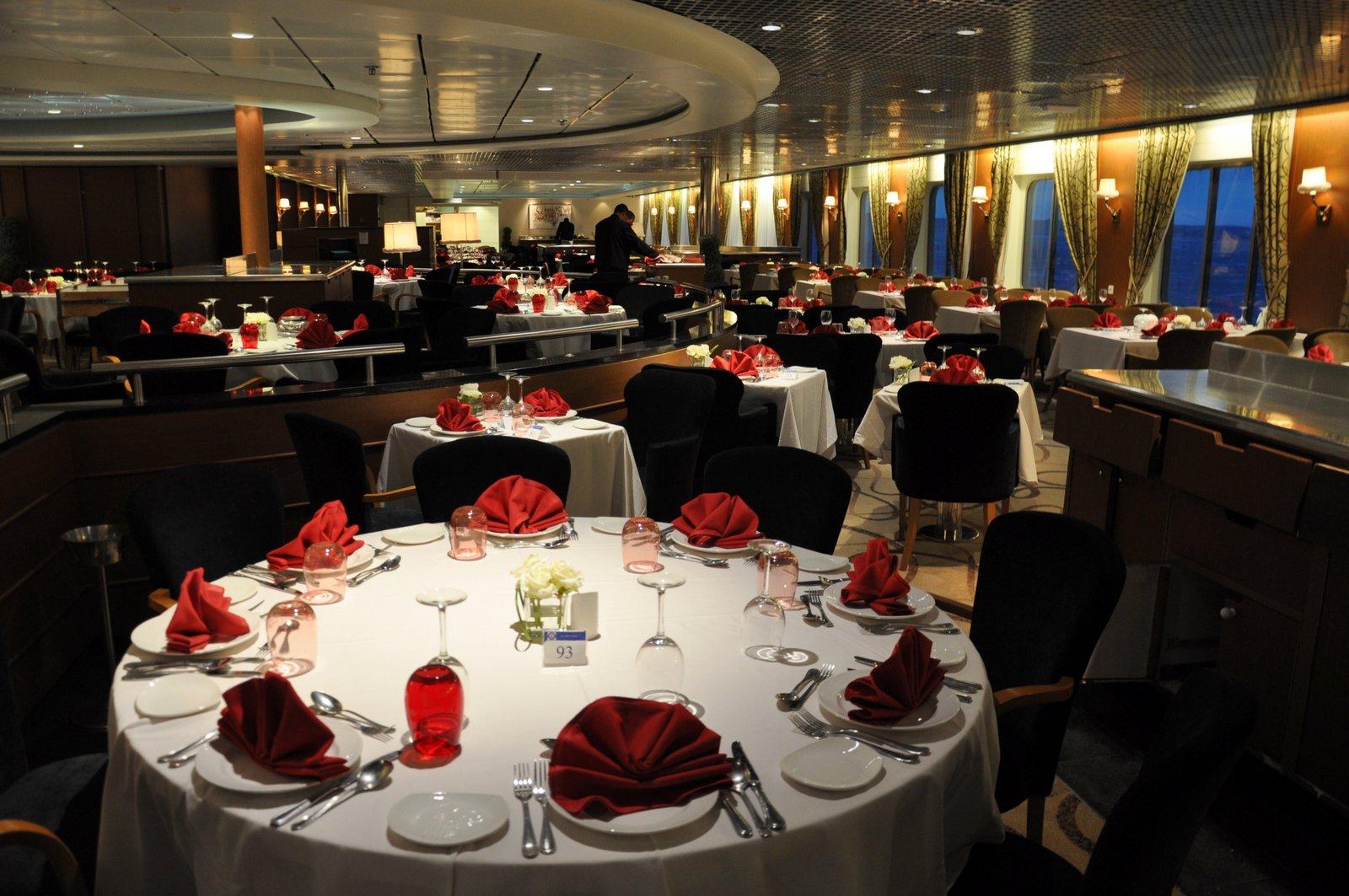La salle de restaurant à bord de l'Horizon