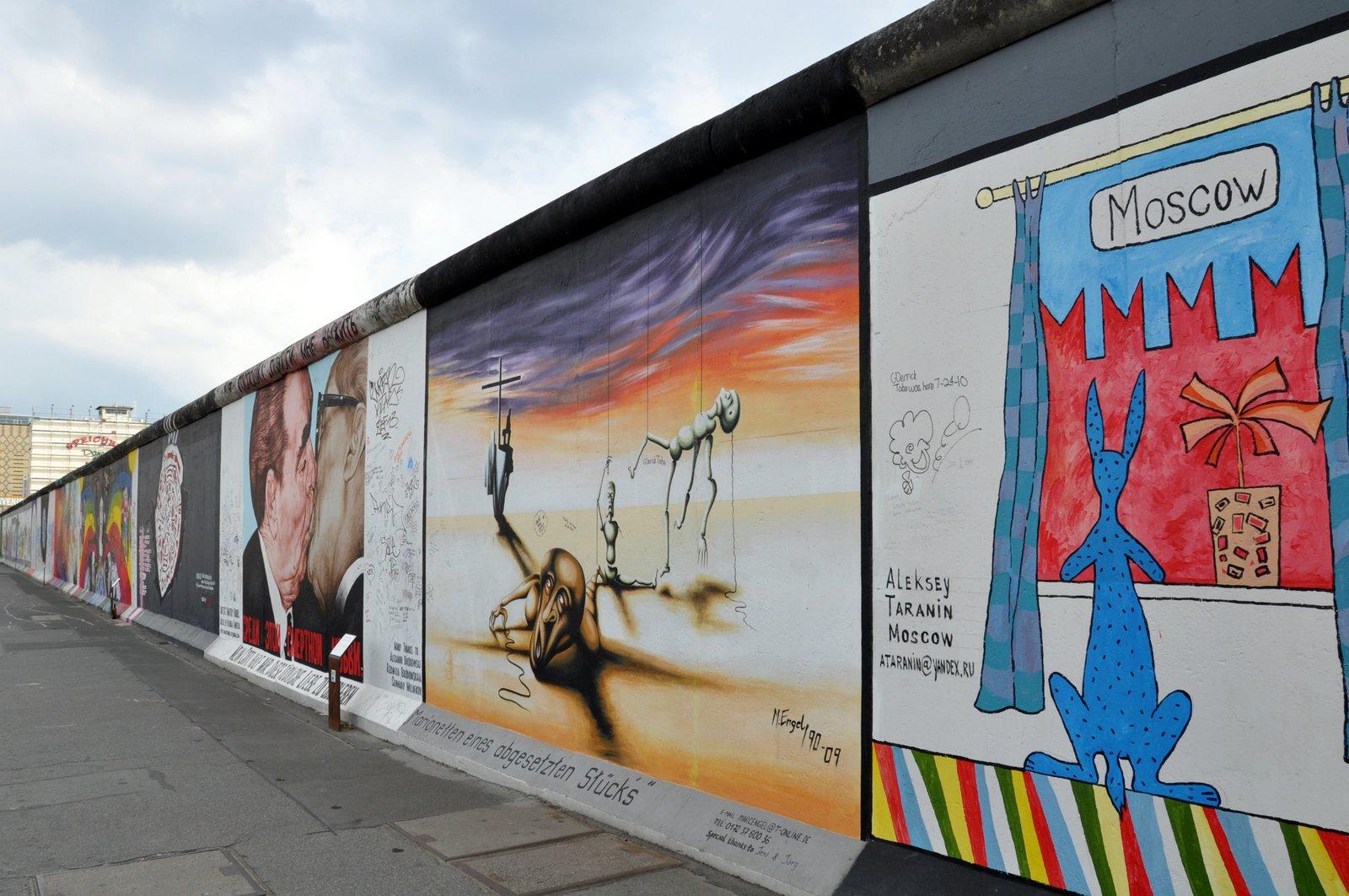 L'East Side Gallery fraîchement rénovée à Berlin en 2010