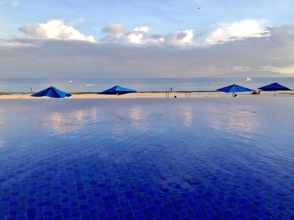 Piscine de l'hôtel Bellevue à Bohol, aux Philippines