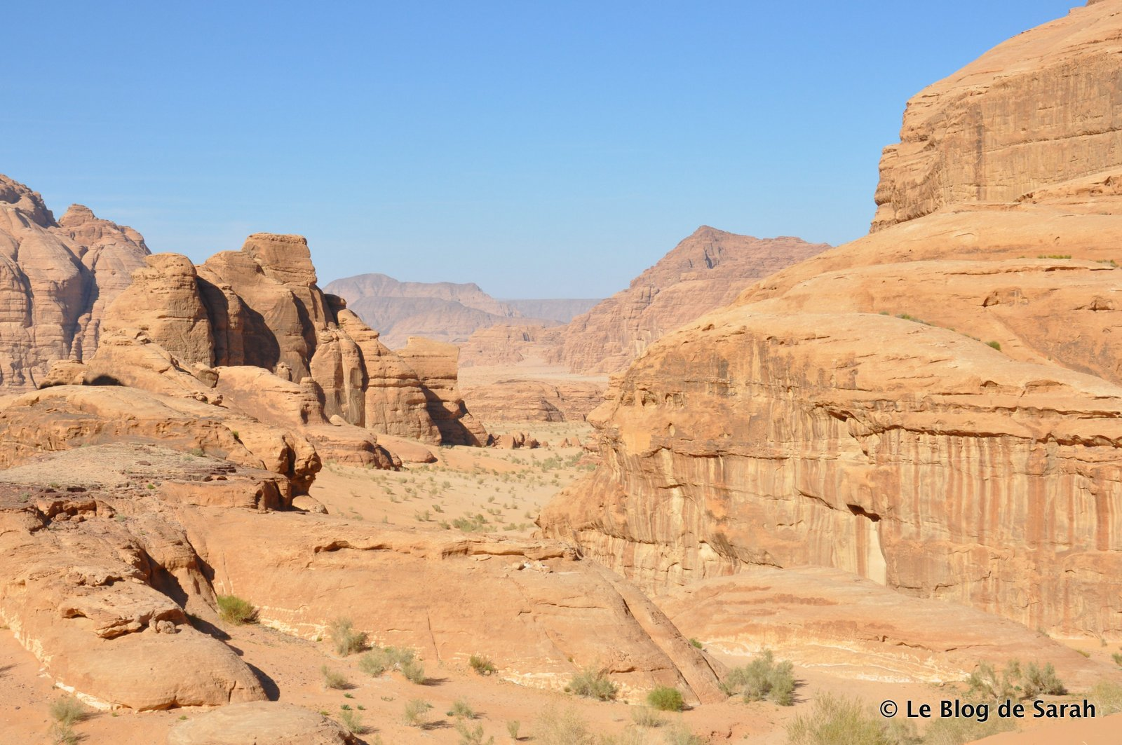 Le somptueux désert du Wadi Rum avec ses roches sculptées par l'eau et le vent