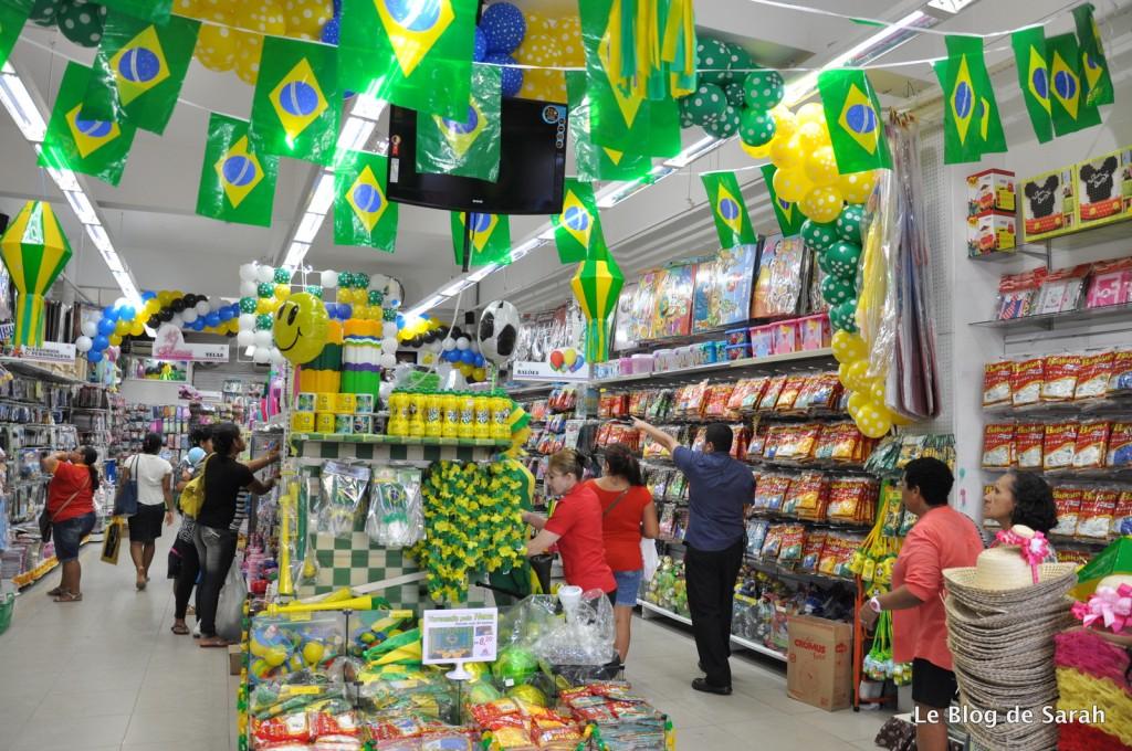Les boutiques de Manaus prêtes pour le Mondial!!