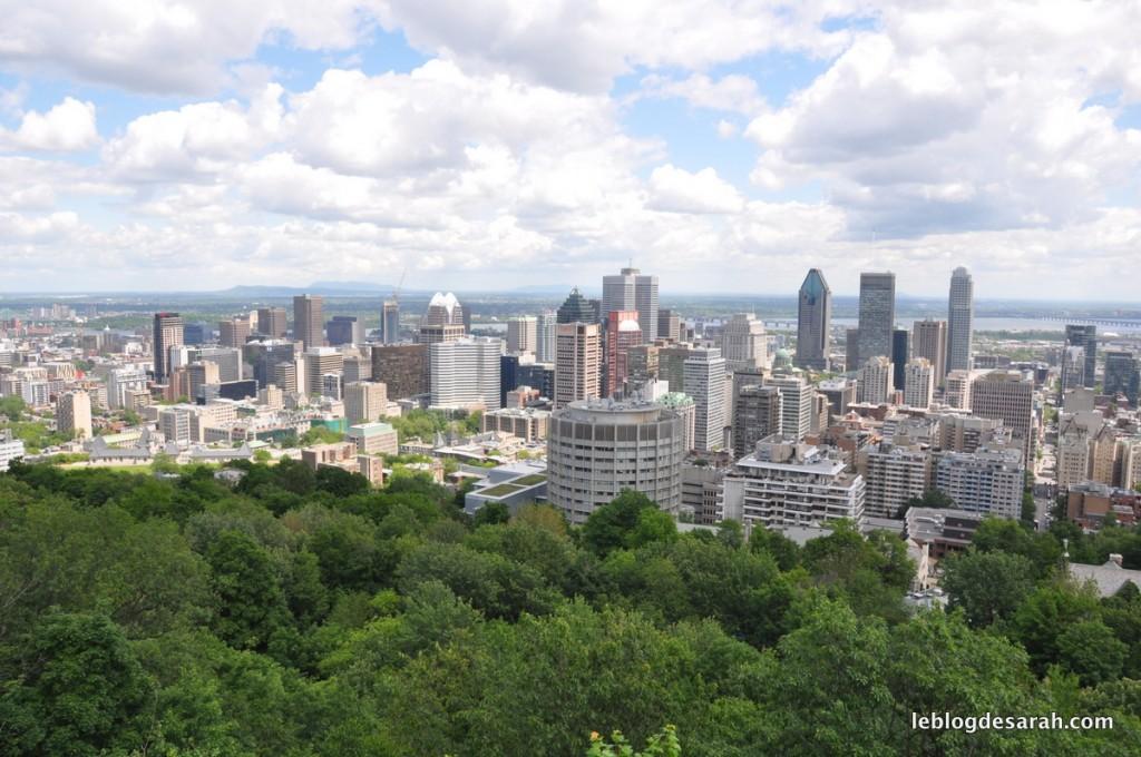 Vue sur Montréal depuis le belvédère du parc du mont Royal