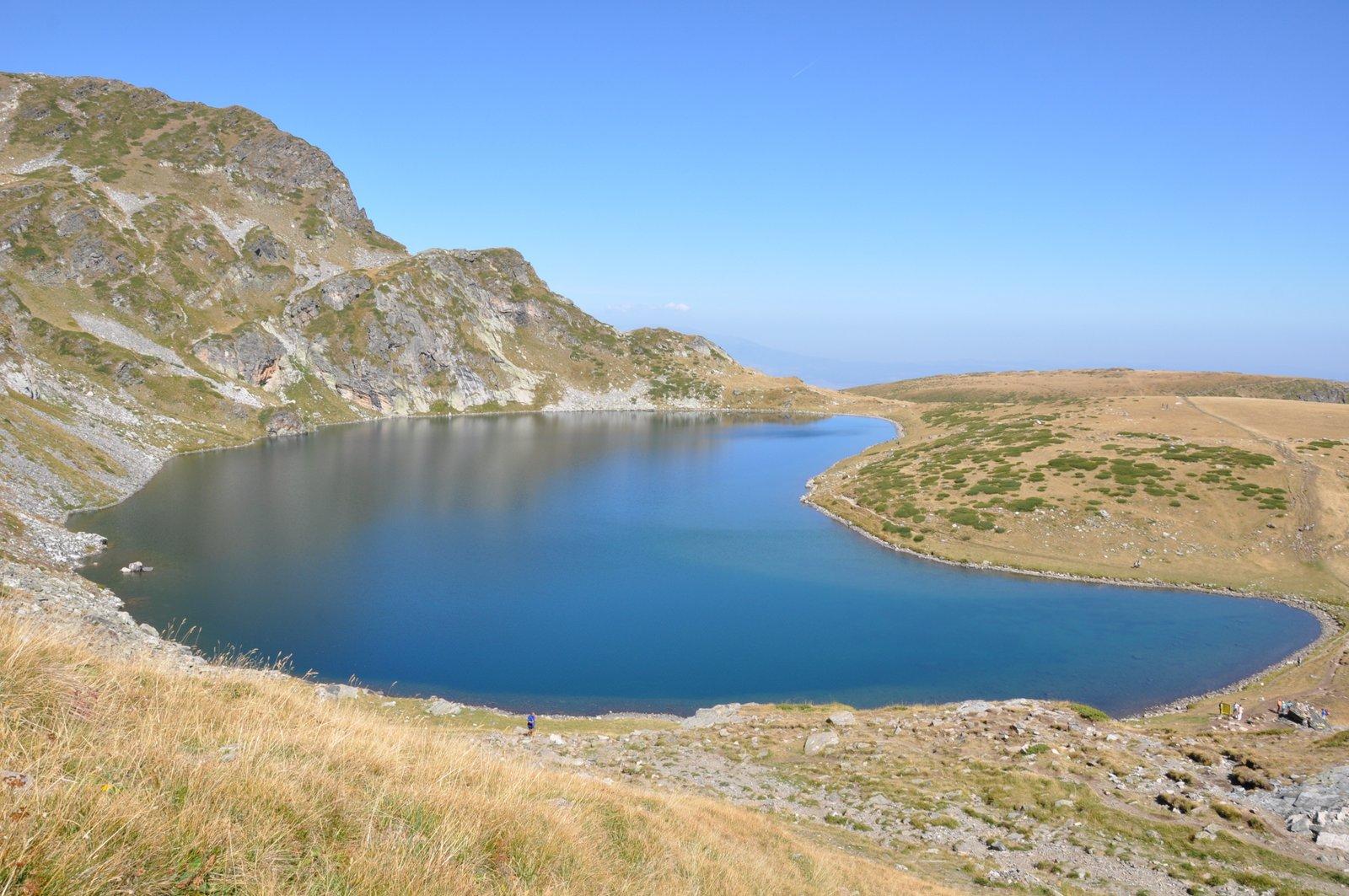Le lac Babreka dans le massif du Rila