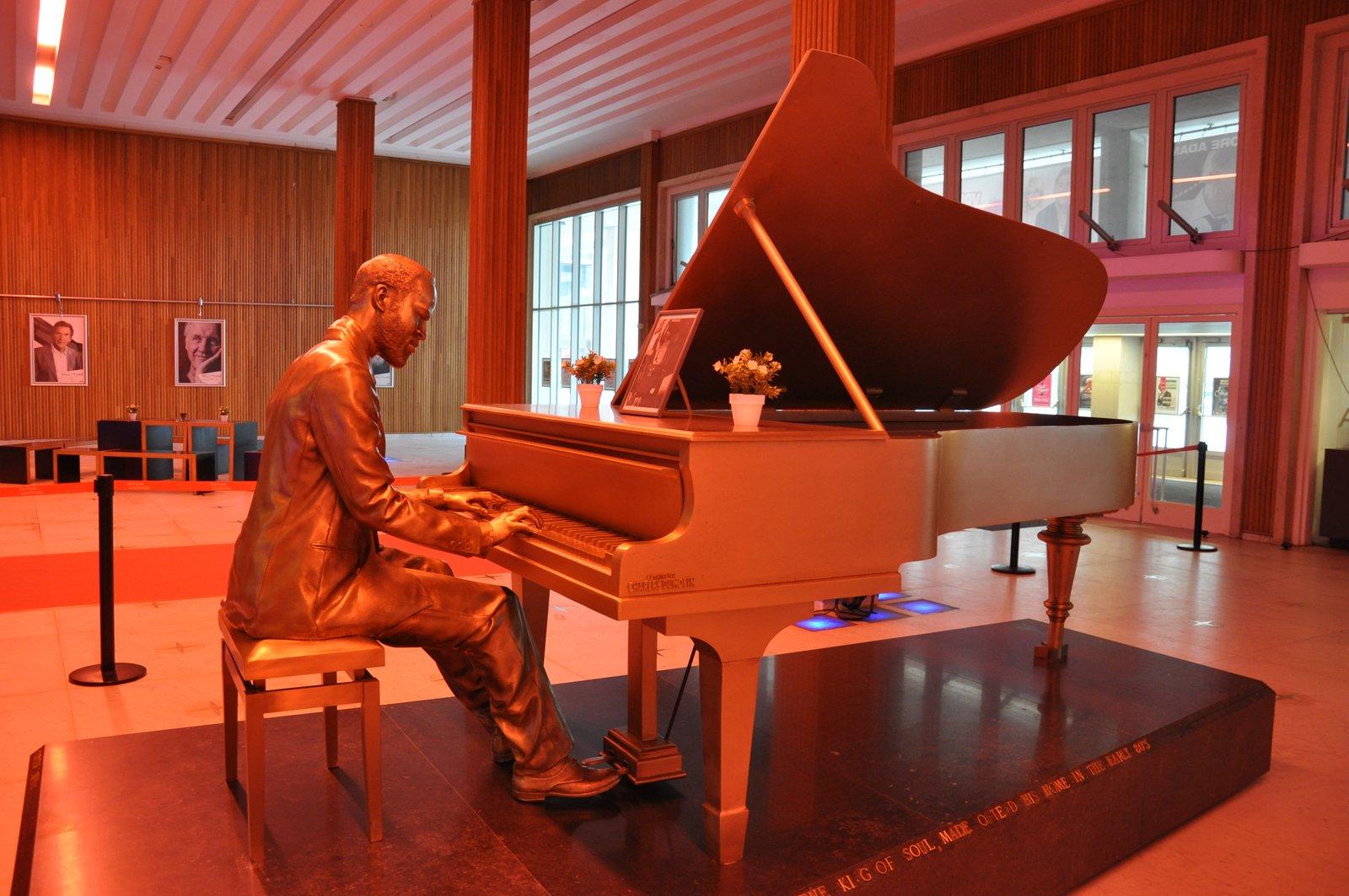 La statue de Marvin Gaye au casino d'Ostende