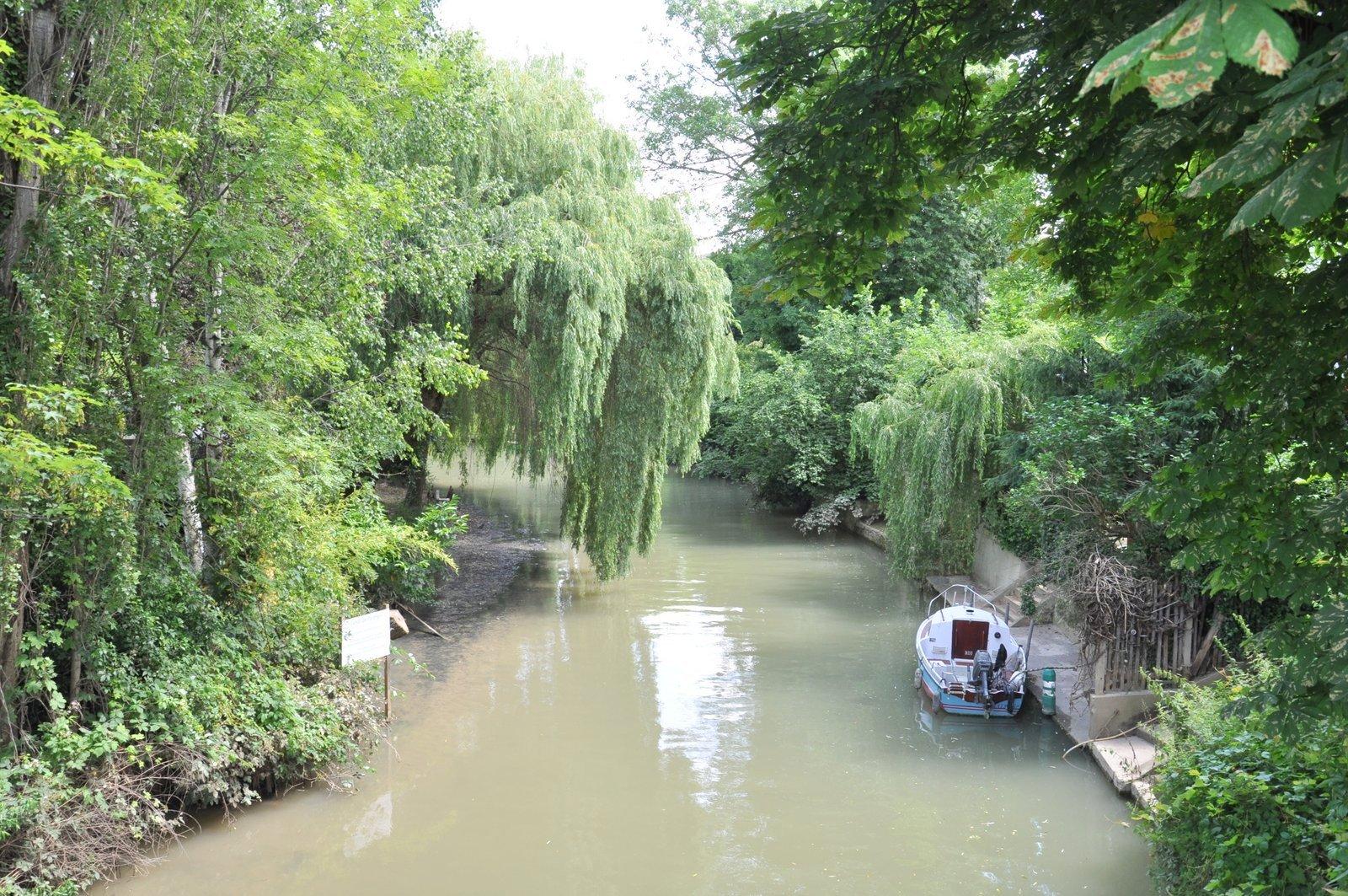 Le canal de Polangis à Joinville-le-Pont