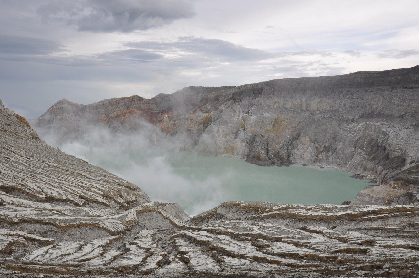 kawah-ijen-volcan-indonesie