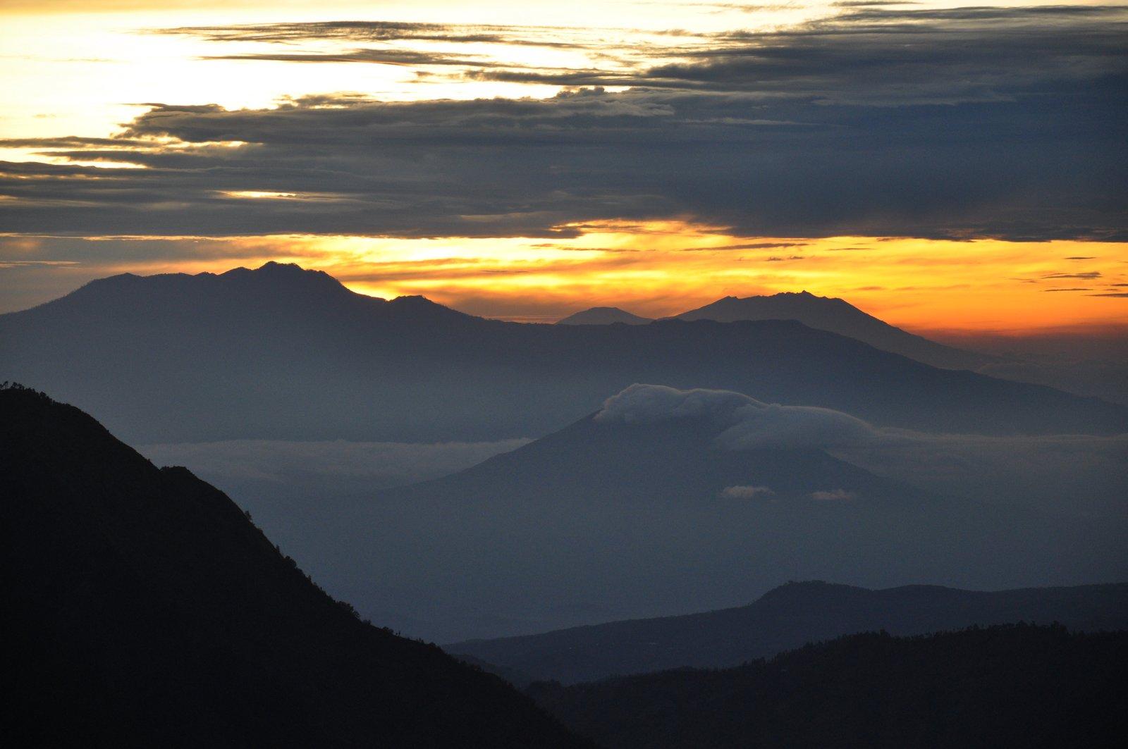 volcan-bromo-lever-soleil