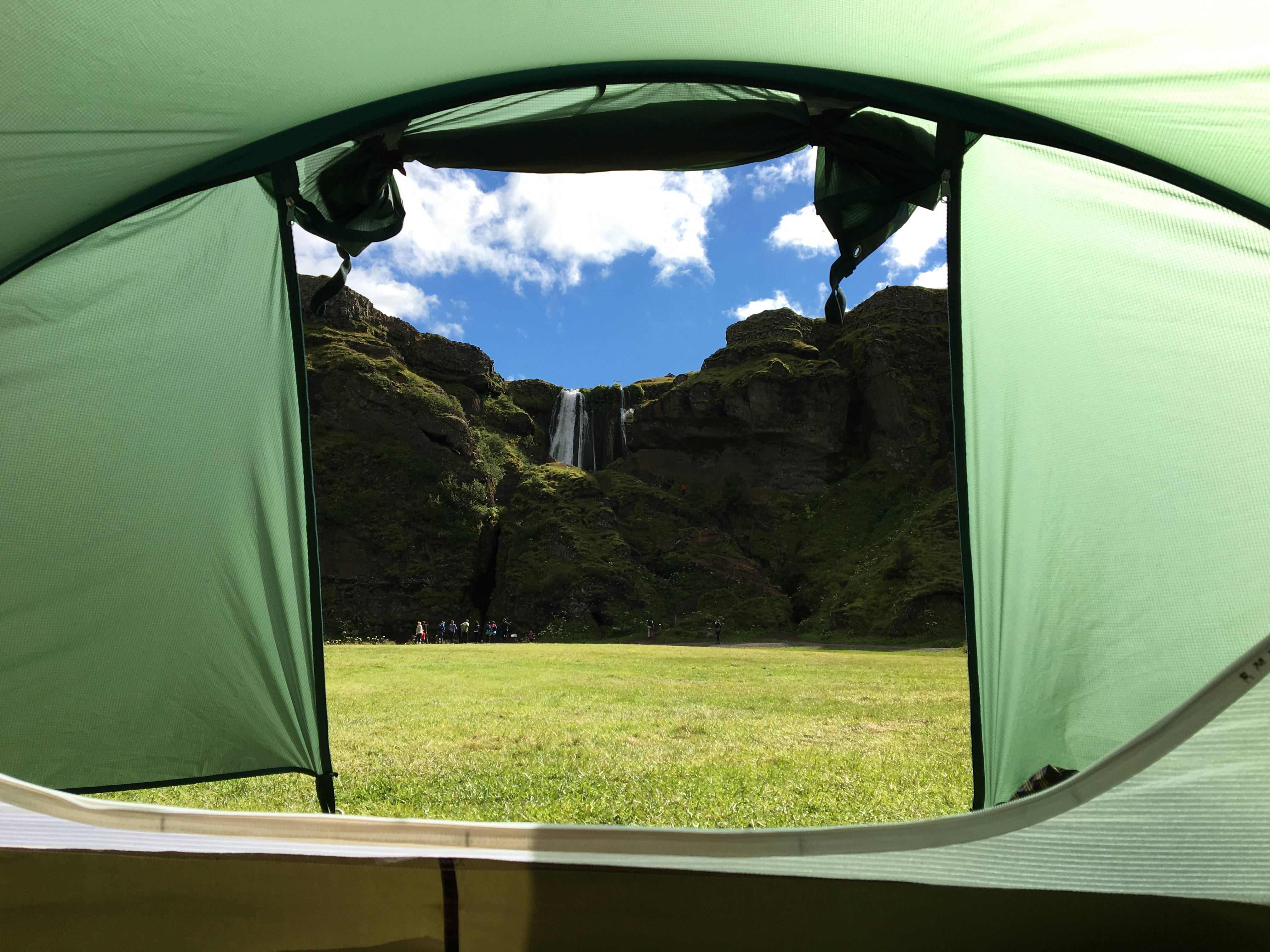 Vue depuis ma tente sur le camping de Seljalandsfoss