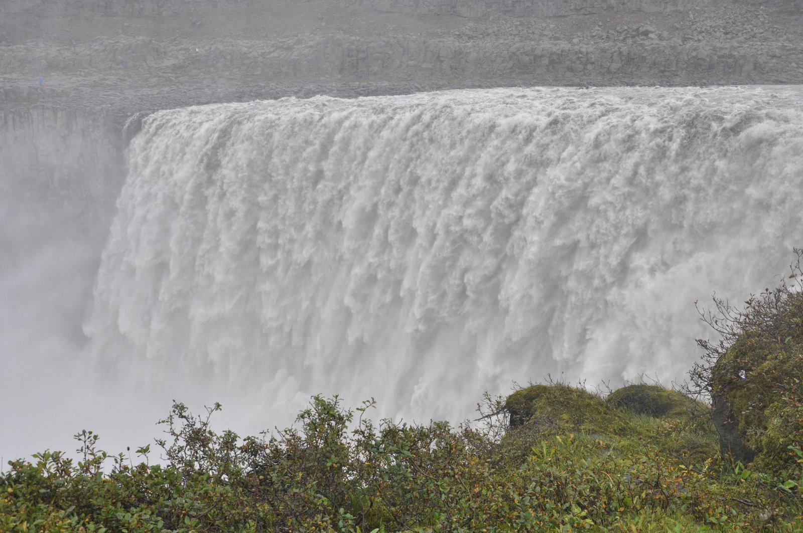 dettifoss-cascade-islande