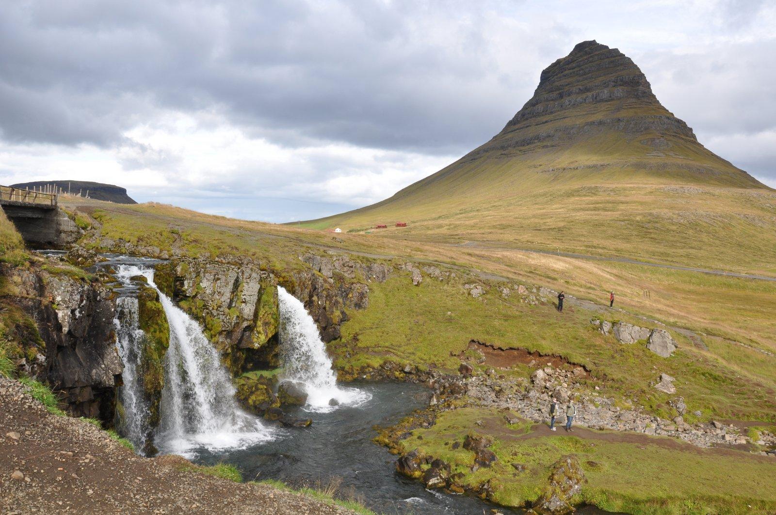 kirkjufellfoss-islande