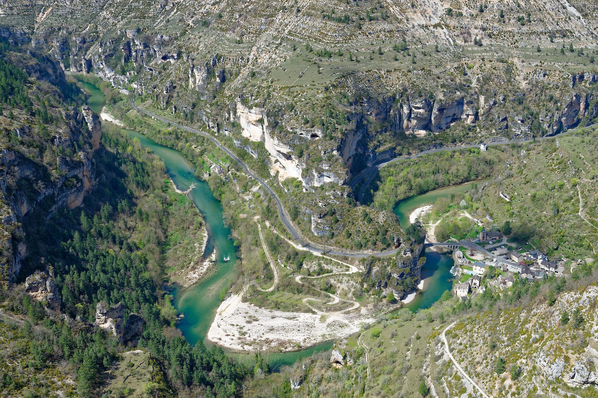 Les gorges du Tarn vues du Roc des Hourtous